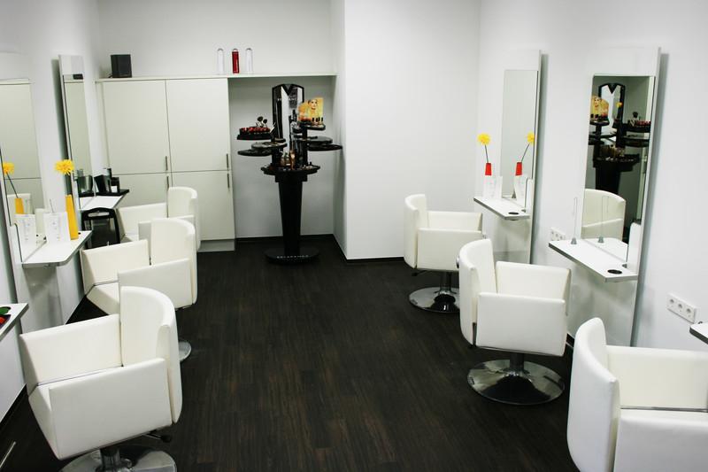 Unser friseuralon friseur stuttgart salon la beaut - La biosthetique salon ...